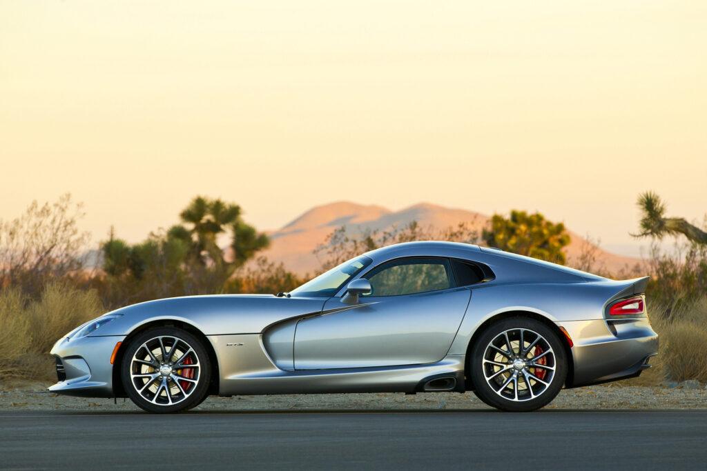 Dodge-Viper-2015