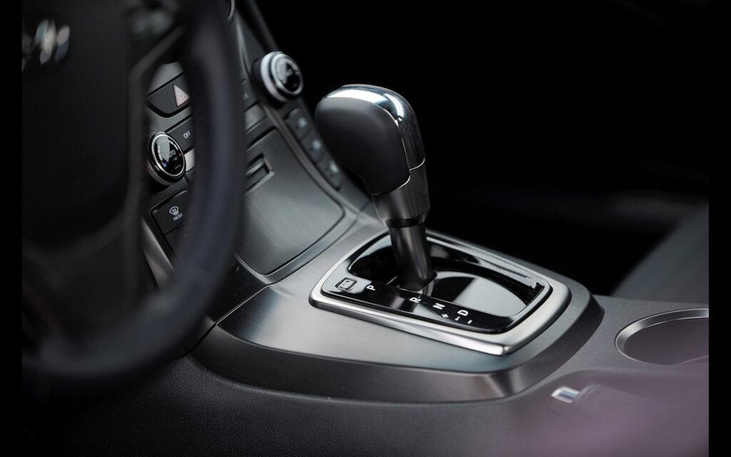Hyundai Genesis coupe automata váltóval