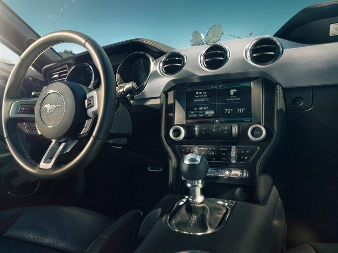Ford Mustang belső