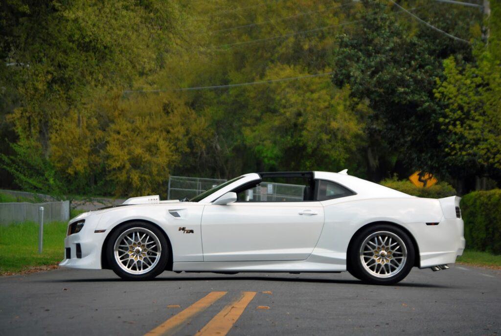 Luxus sportautó a javából!