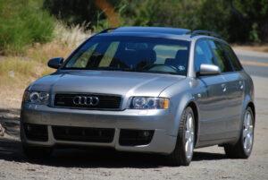 Audi A4 Avant - 2004-ben debütált a harmadik generáció