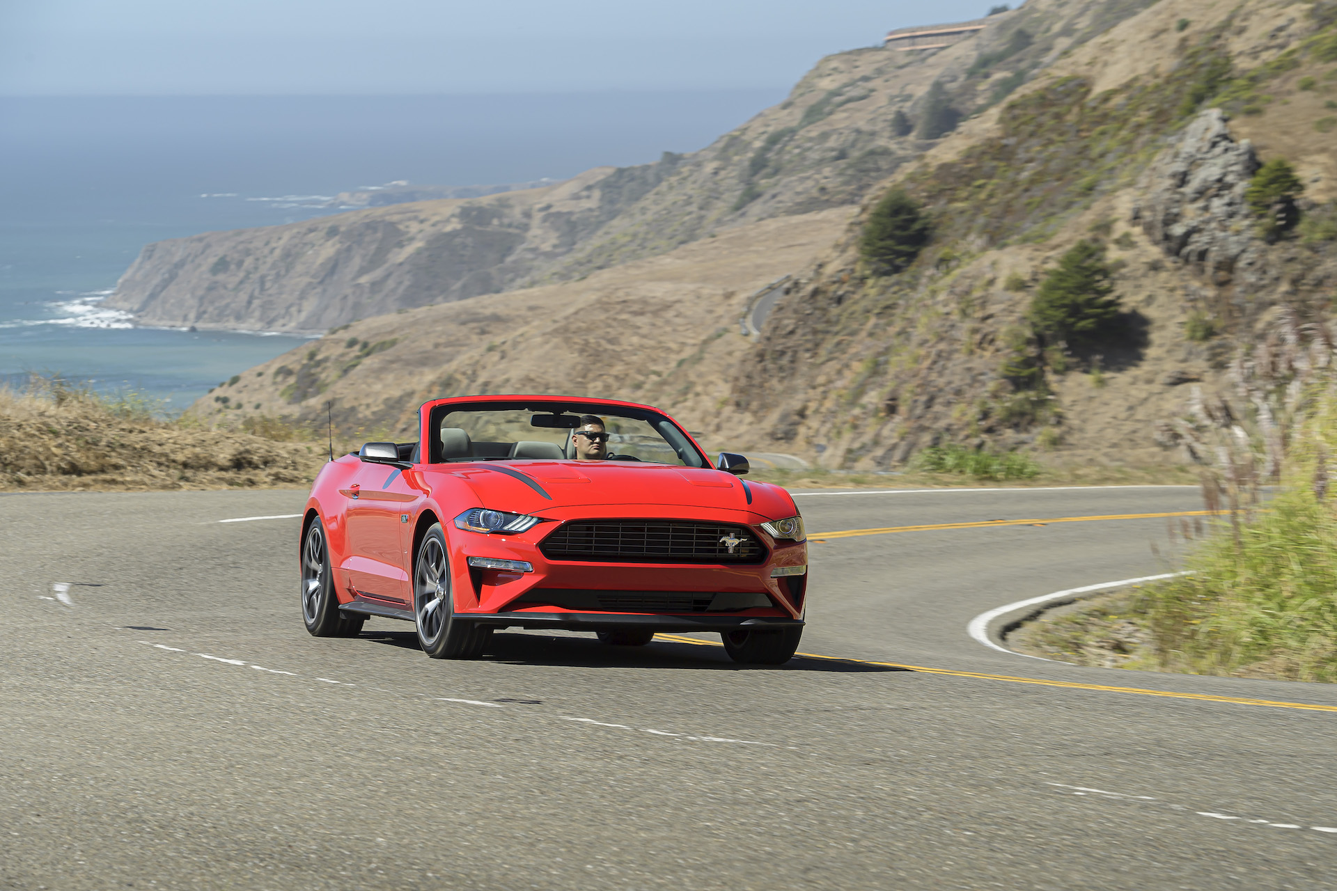 A 2020 Ford Mustang 2.3-as high tuning csomag méltó ellenfele a GT-nek!