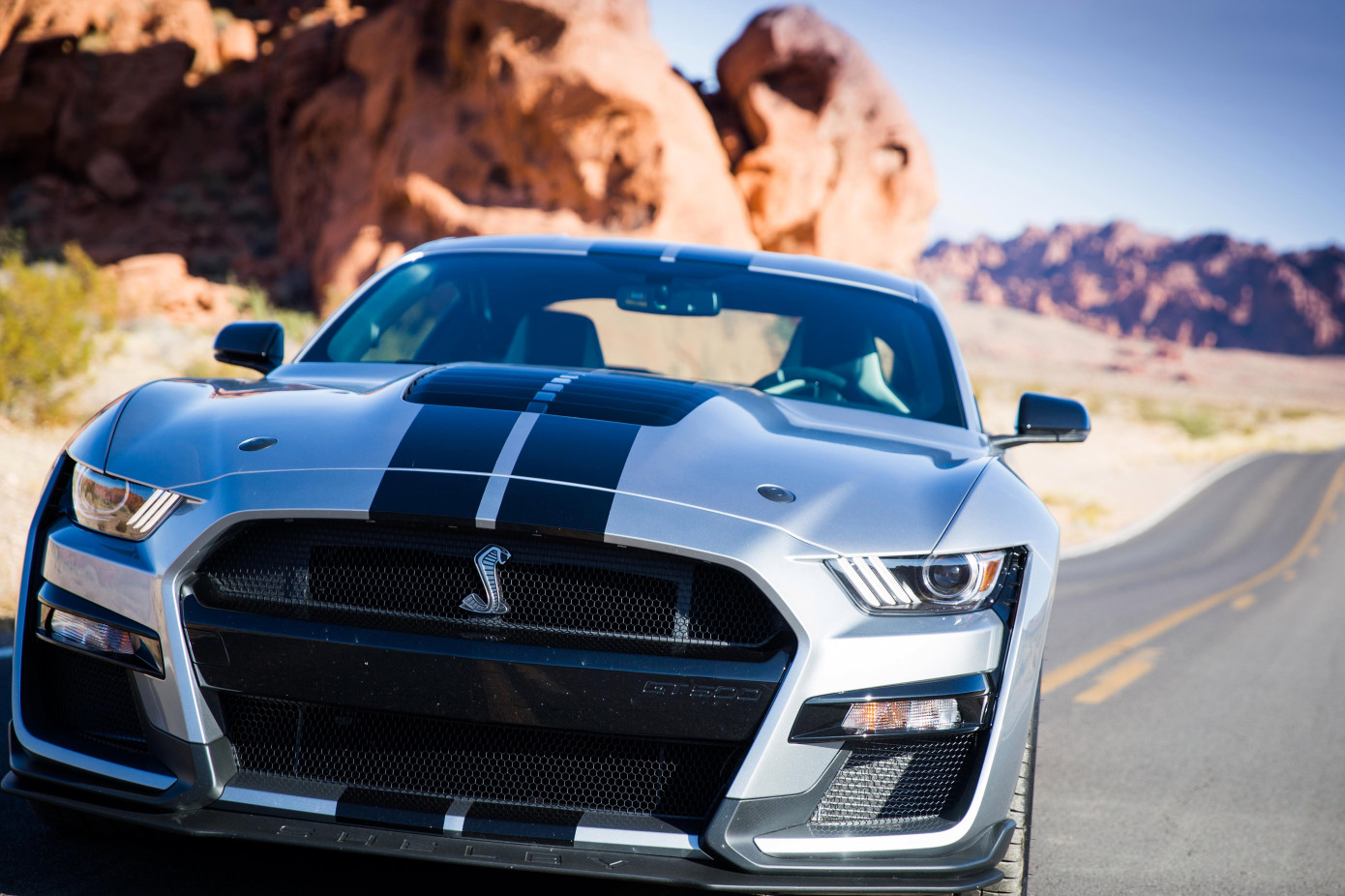 A 2020-as Ford ShelbyMustang egy vad autó a mindennapokba