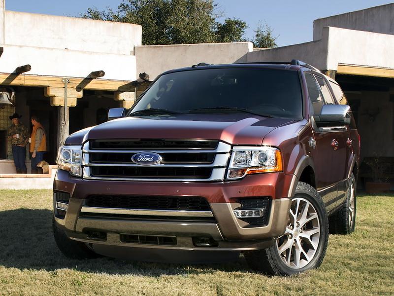 A Ford Expedition King Ranch visszatér a 2020-as modell évre